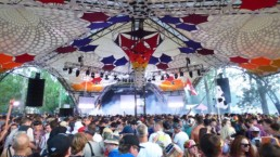 Glasto F1 uai - Audio Media International