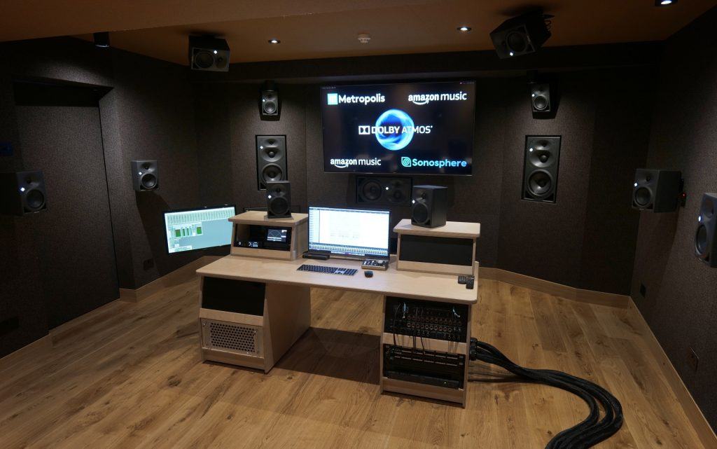 Metropolis 3D audio studio