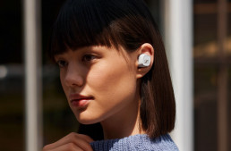 Sennhesier CX-400BT wireless earbuds worn by a young lady