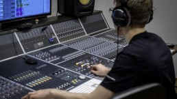 audient 8 830x553 uai - Audio Media International