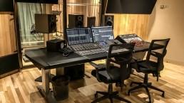 drax2 uai - Audio Media International