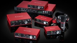 focusrite scarlett group square with accessories uai - Audio Media International