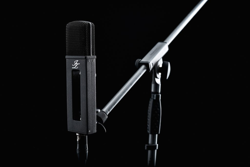 jz microphone black hole arm - Audio Media International