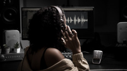 shure the voiceover network uai - Audio Media International